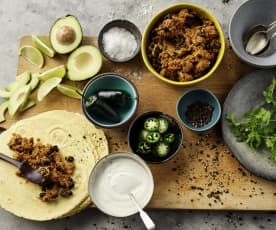 Tex-Mex tortilla's met varkensreepjes en zwarte bonen