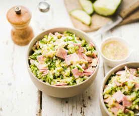 Salade de concombre à la mortadelle