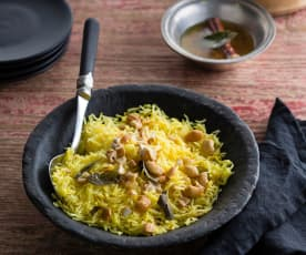 Pilaf with fragrant tarka