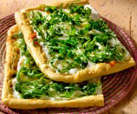 Pizza blanca con rúcula