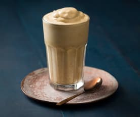 Magic Coffee Whip (Dalgona)