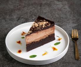 Ciasto czekoladowe z orzeszkami ziemnymi