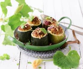 Zucchinitürmchen mit orientalischer Lammfülle