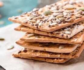 Bolachas crackers com descarte de massa-mãe
