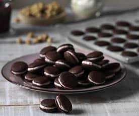 Chocolate whoopie pies con crema de avellana