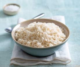 Gotowanie 500 g ryżu parboiled