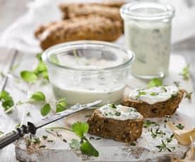 Domácí bylinkové pomazánkové máslo