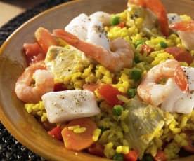 Paella mit Hähnchen, Fisch und Meeresfrüchten