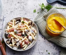 Velouté de carotte au curcuma, pâtes aux lardons et champignons