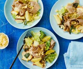 Buchweizennudeln mit Wirsing und Kartoffeln