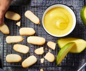 Compote mangue-pomme et langues de chat