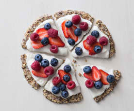 Fruit and yoghurt pizza