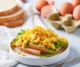 Huevos revueltos al vapor