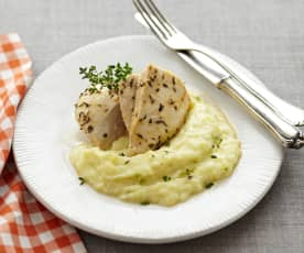 Kartoffel-Blumenkohl-Püree mit mediterranem Hähnchen