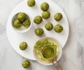 Nutty matcha balls