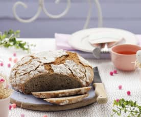 Chleb pszenno-gryczany z garnka