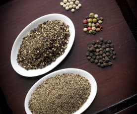 Coarsely Ground Peppercorns
