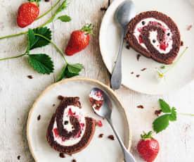 Gâteau roulé au chocolat et aux fraises