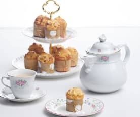 Mini French apple cakes