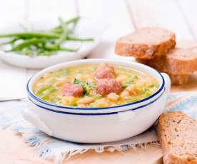 Zupa fasolowa z pulpecikami