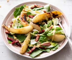 Insalata tiepida di pere con condimento alla senape