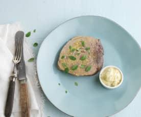 Bife de atum com molho tártaro