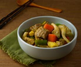 綠咖哩蘿蔔燉肉