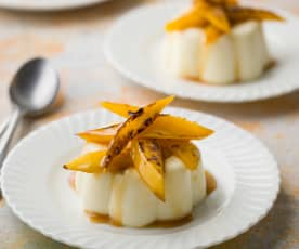 Panna Cotta with Caramelised Mango - Panna cotta con mango caramellato