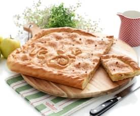 Empanada gallega de manzana