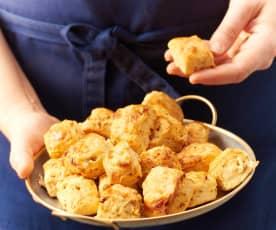 Miniscones au chorizo et au brebis basque