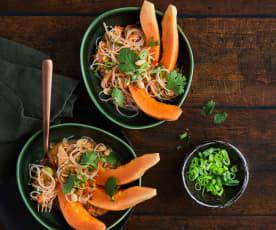 Salade de vermicelles et papaye