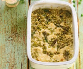 Gnocchi à romana com molho de ervilhas e espargos