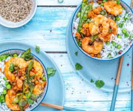 Riz aux petits légumes et crevettes sautées