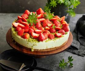 Waldmeister-Erdbeer-Torte
