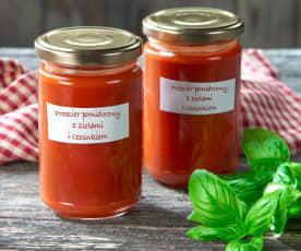 Bylinkový rajčatový protlak s česnekem (passata)