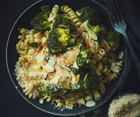 One pot pasta brocolis-amandes