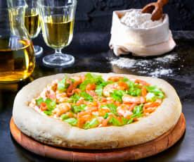 Pizza Gourmet insalata, salsa cocktail gamberetti e salmone