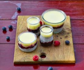 Chiapudding mit Zitronencreme und Beerencoulis