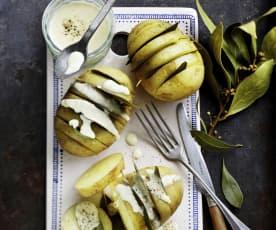 Pommes de terre en éventail à la crème de gouda