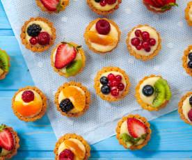 Cestini di crema e frutta