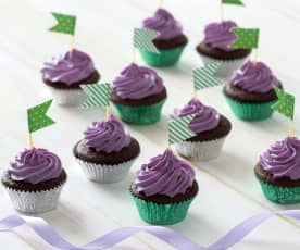 Chocolate zucchini cupcakes with blueberry icing