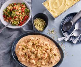 Menú: Ensalada de brócoli. Pollo con salsa de tomate y mascarpone. Sorbete de frutas