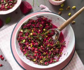 Ensalada de remolacha, granada y pistacho