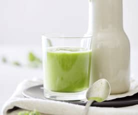 Avocado-Federkohl-Smoothie