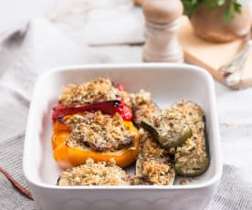 Warzywa faszerowane kurczakiem i ryżem z pietruszkową kruszonką
