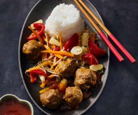 Asia-Hackbällchen mit Reis