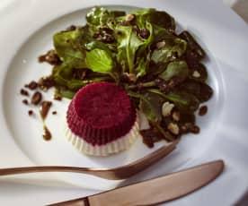 Rote-Bete-Meerrettich-Terrine mit Feldsalat