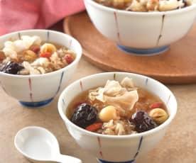 雪耳蓮子甜湯