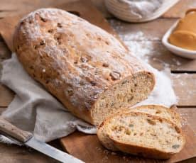 Chleb cebulowy z wędzonym serem