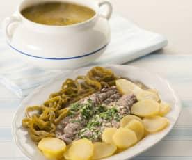 Menú: Sopa de verduras - Lubina a la espalda con patatas